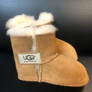 Ugg's toddler size 4 New without tags